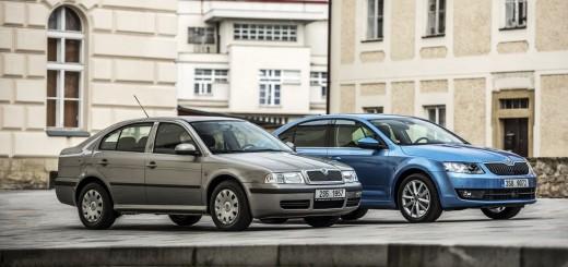 Škoda Octavia první a třetí (současné) generace, zdroj: Škoda auto