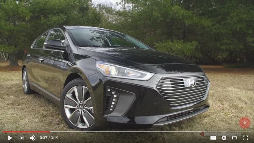Hyundai Ioniq na videu od Consumer reports, zdroj: Youtube