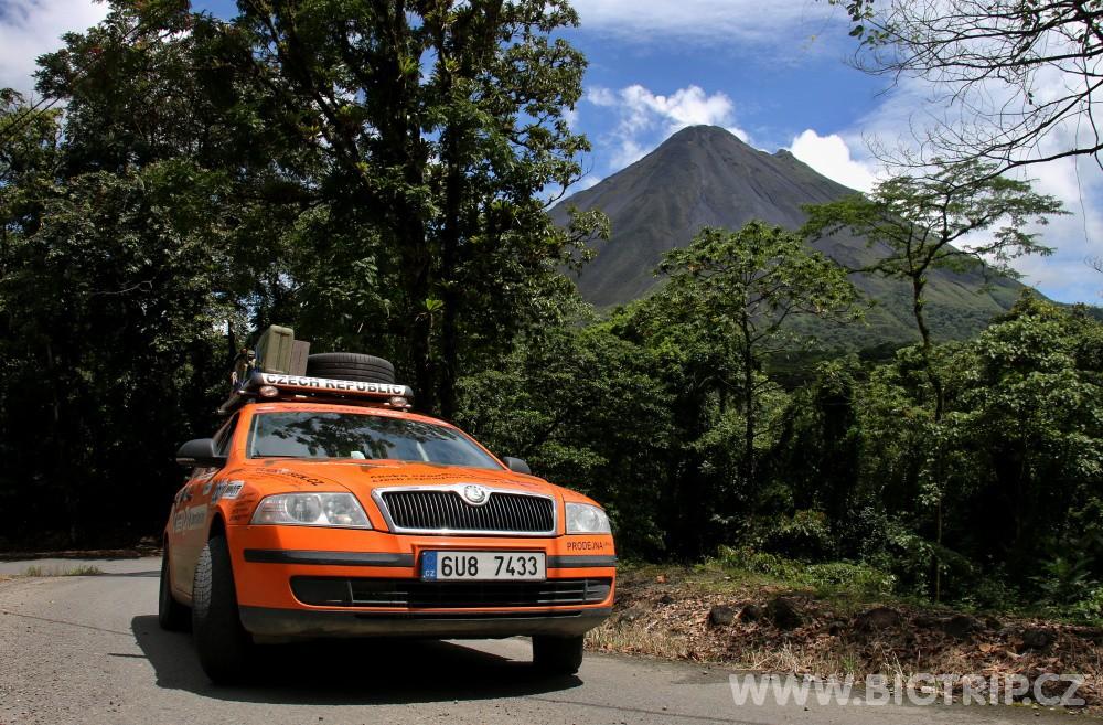 """Expediční Škoda Octavia """"OKI"""", zdroj: bigtip.cz"""