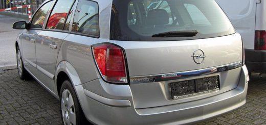 Opel Astra caravan (H), foto: Matthias93, zdroj: Wikimedia commons