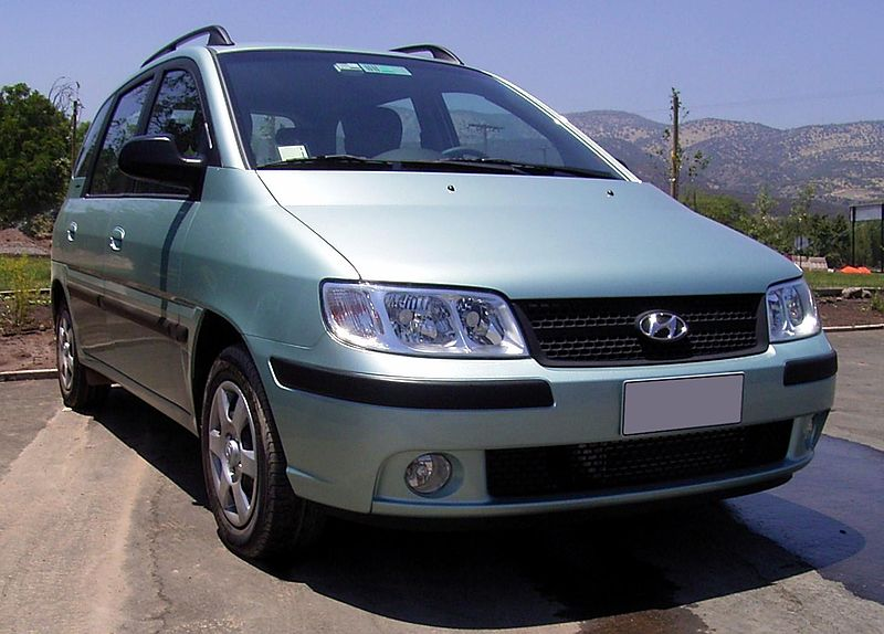 Hyundai Matrix, By de:Benutzer:Chapulines - Own work, CC BY-SA 3.0, https://commons.wikimedia.org/w/index.php?curid=2330571
