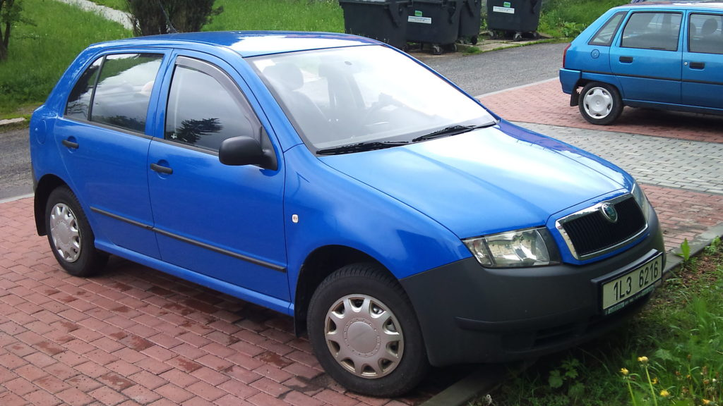 Škoda Fabia Junior, foto: Alofok - vlastní dílo, CC BY-SA 3.0, https://commons.wikimedia.org/w/index.php?curid=10872793