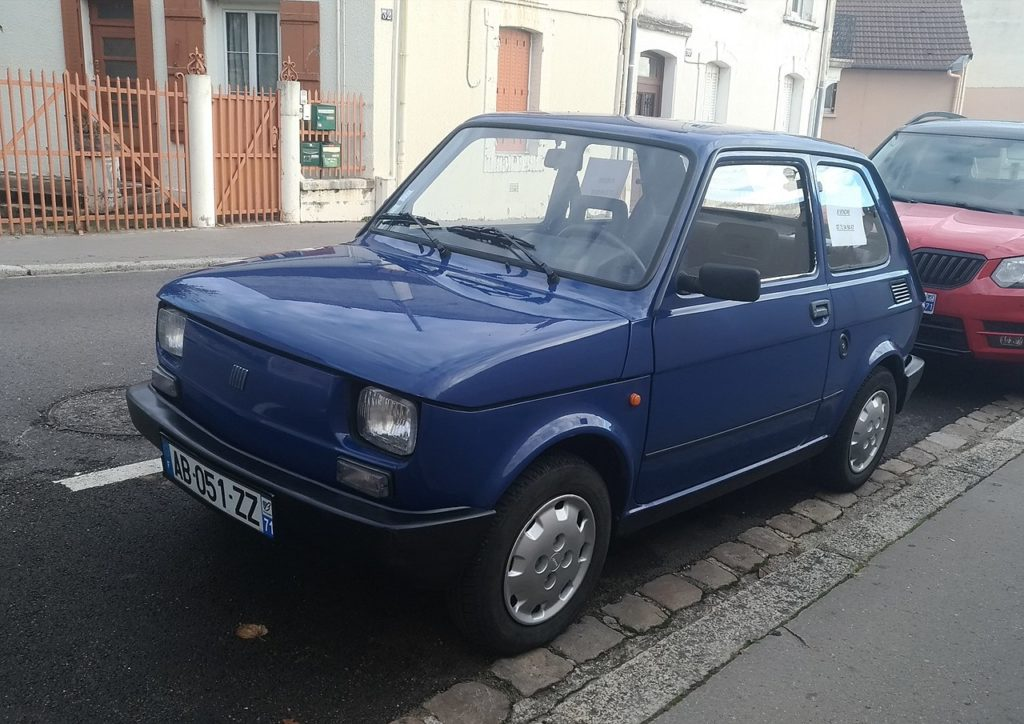 Fiat 126, foto: Guillaume Vachey from Chalon sur Saone, France - Fiat 126, CC0, https://commons.wikimedia.org/w/index.php?curid=75952017
