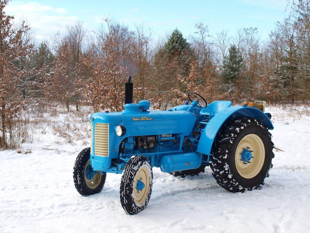 A Až budu velký, pořídím si ještě starší traktor, samozřejmě opět brněnský Zetor.